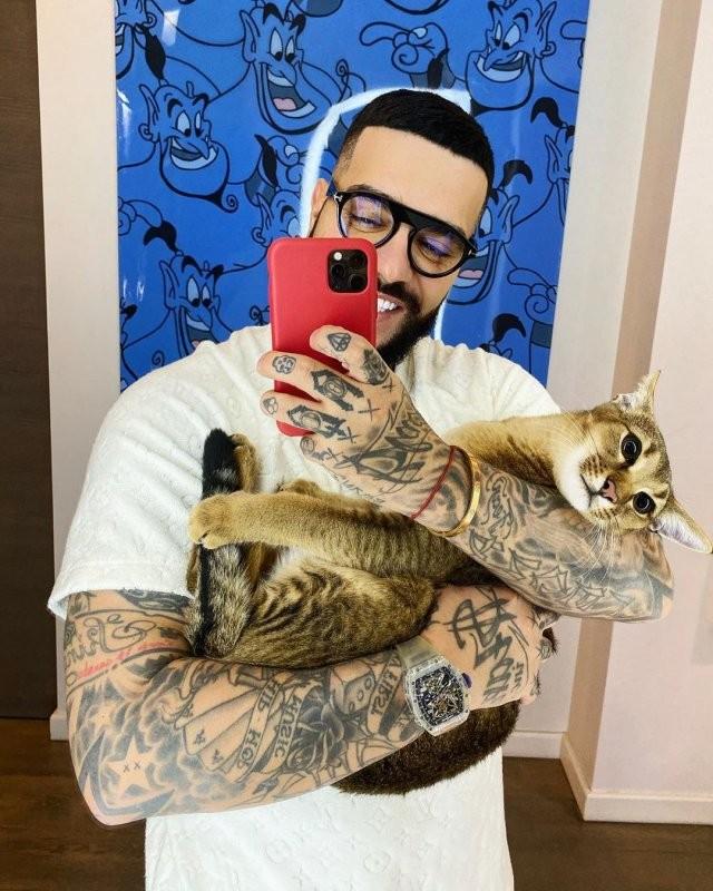 Тимати свел татуировки: фанаты не могут понять это правда (3 фото)