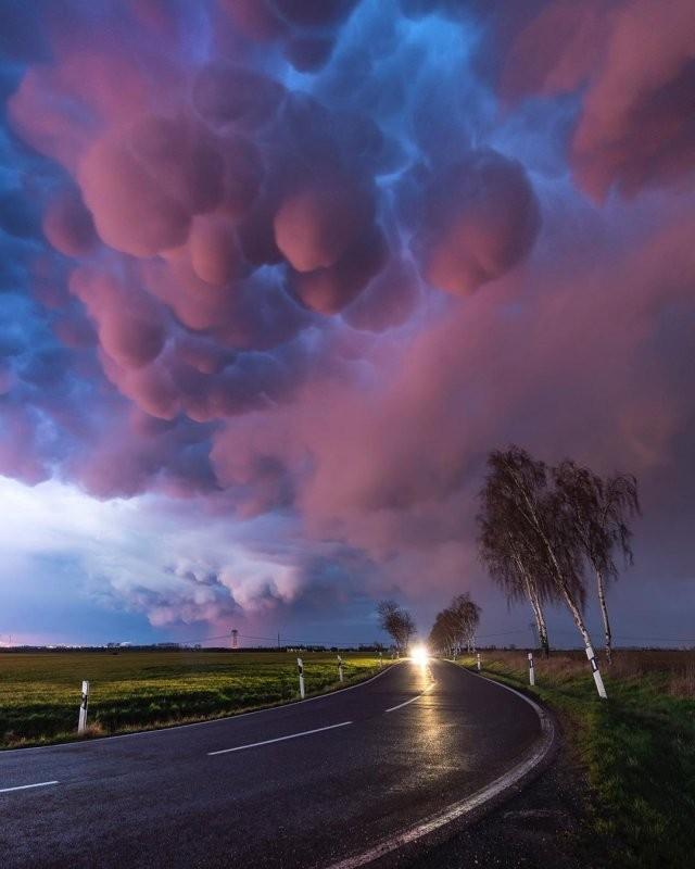 Редкие явления природы, в реальность которых сложно поверить (10 фото)