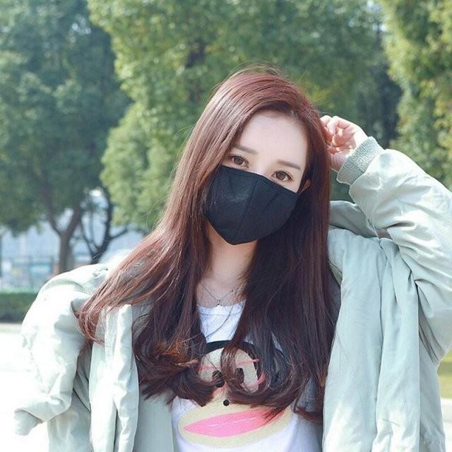 Девушки, которым маски к лицу (15 фото)