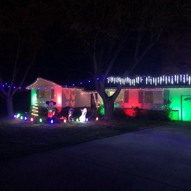 Американцы начали отмечать Рождество в середине марта (11 фото)