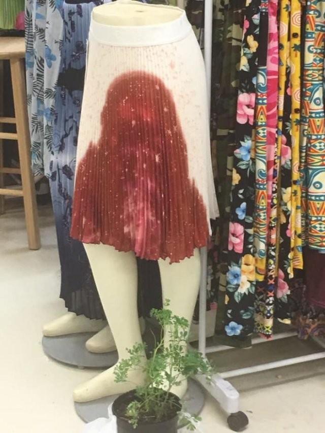 Не самые лучшие решения дизайнеров, создающих одежду (15 фото)