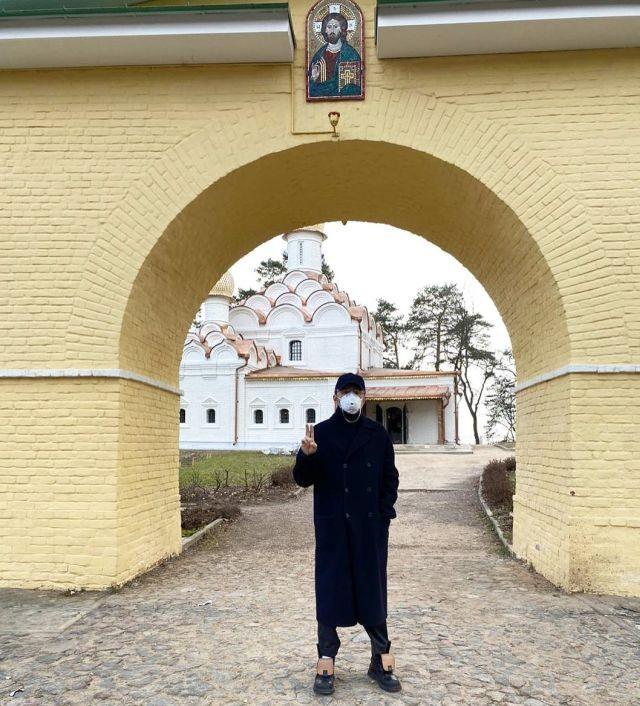 """Сергей Шнуров написал стихотворение про """"КрымНаш"""" (2 фото)"""