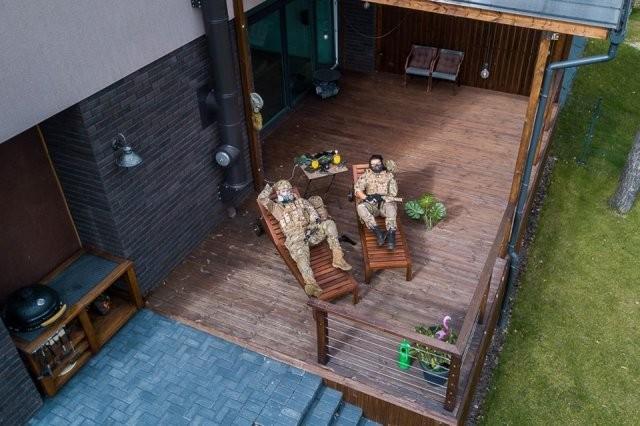 Как люди сходят с ума на карантине: фото с дрона (15 фото)