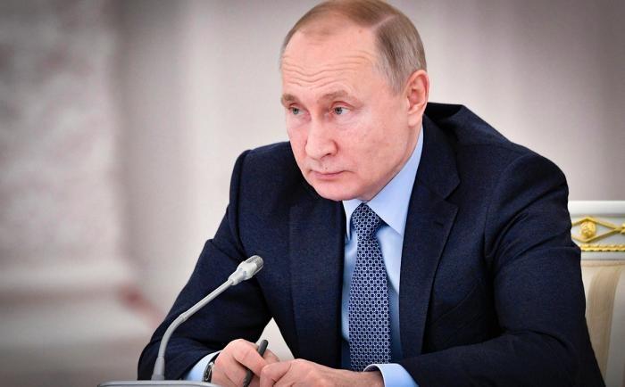 Обращение к россиянам в связи с распространением коронавируса (2 фото)
