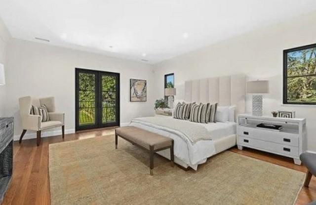 Звезда «Трансформеров» Шайа Лабаф купил дом за 5,5 миллионов (14 фото)