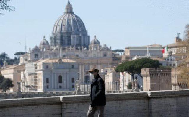 В Италии 101-летний пенсионер вылечился от коровируса (2 фото)