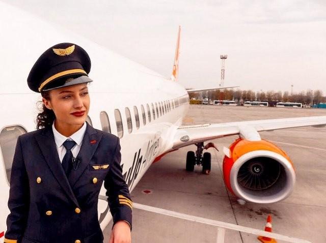 Стюардесса Юлия Слободянюк, которая не предала свою мечту (10 фото)
