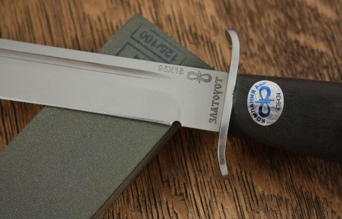 Зачем на лезвии некоторых ножей сделана выемка у рукоятки (5 фото)