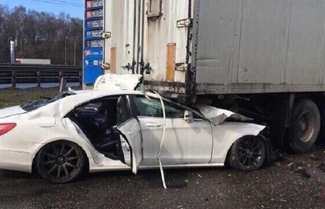 В Подмосковье в аварии разбился блогер Павел Петель (6 фото)