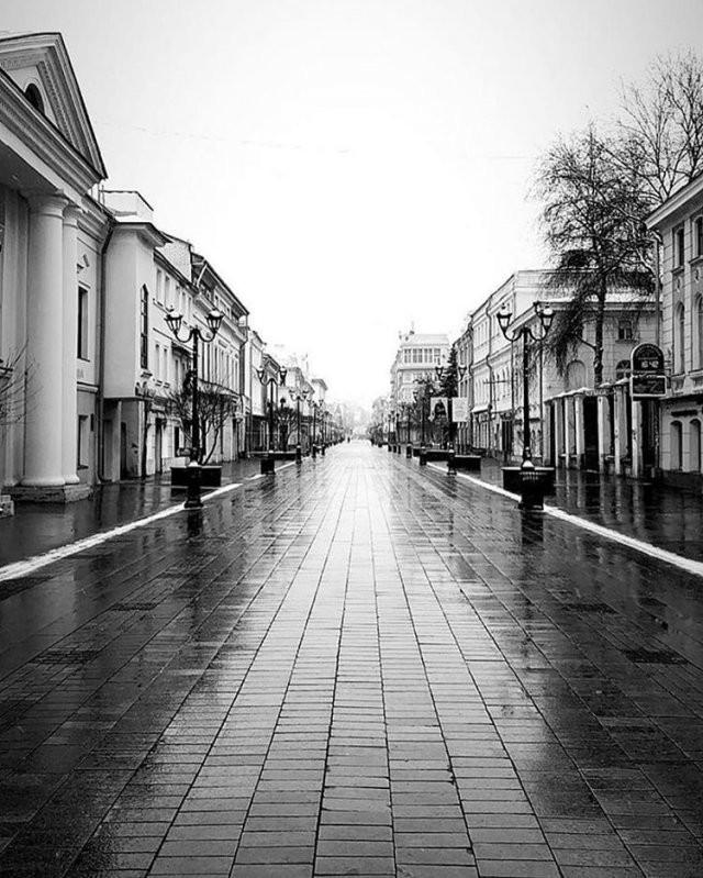 Сочи, Петербург и другие города опустели (15 фото)