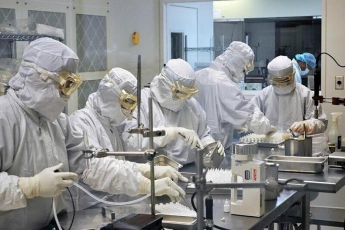 Британская разведка назвала версию появления коронавируса (2 фото)