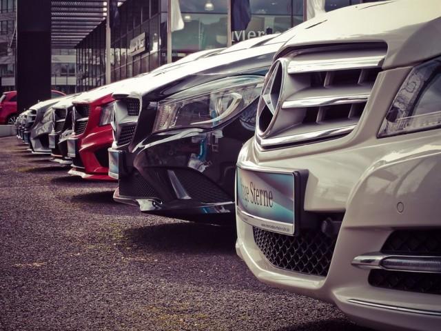 Причины не покупать автомобиль-гибрид (7 фото)