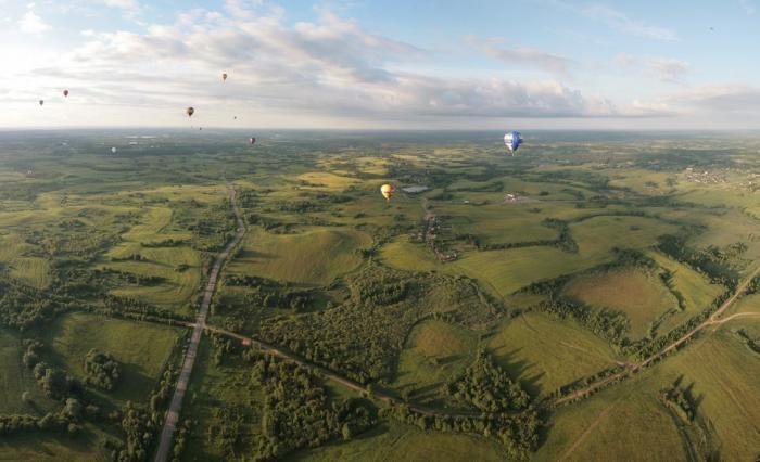Зрелищные фестивали воздушных шаров (24 фото)