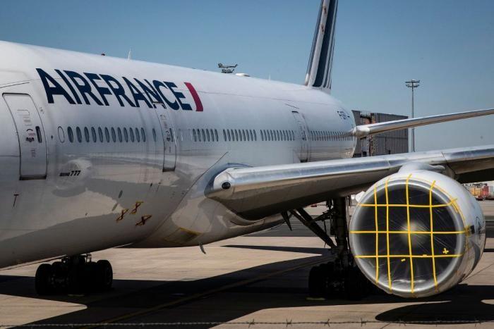 Самолеты на приколе (14 фото)
