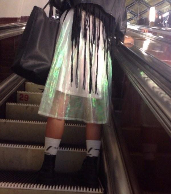 Модники и чудаки из метро (28 фото)