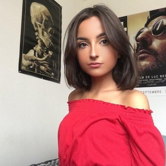 Девушка победила анорексию и научилась ценить жизнь (15 фото)