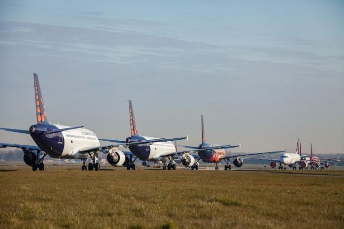 Консервация самолётов из-за коронавируса (14 фото)