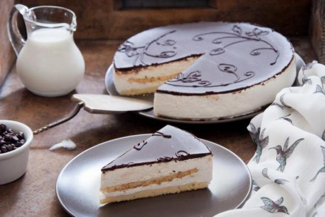 Факты о десерте «Птичье молоко», который создала Анна Чулкова (7 фото)