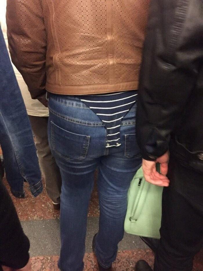 Стиляги в метро (39 фото)