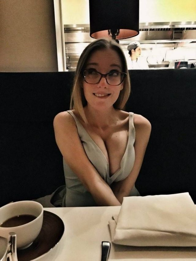 Девушки в очках (30 фото)