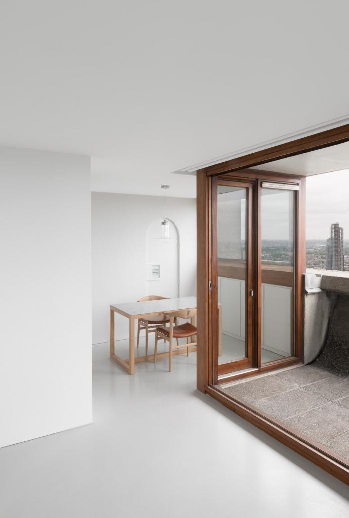 Фирменный минимализм интерьера в Лондоне (10 фото)