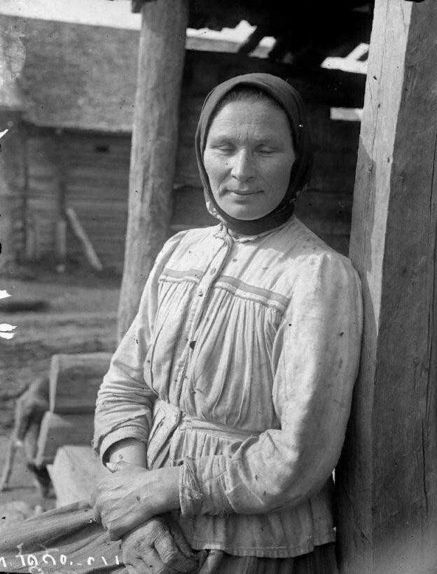 Как выглядели крестьяне в возрасте 30 лет живущие в прошлом (15 фото)