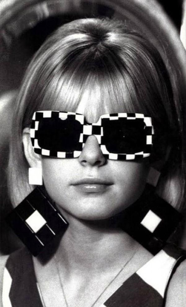 Нестандартные очки из прошлого (19 фото)