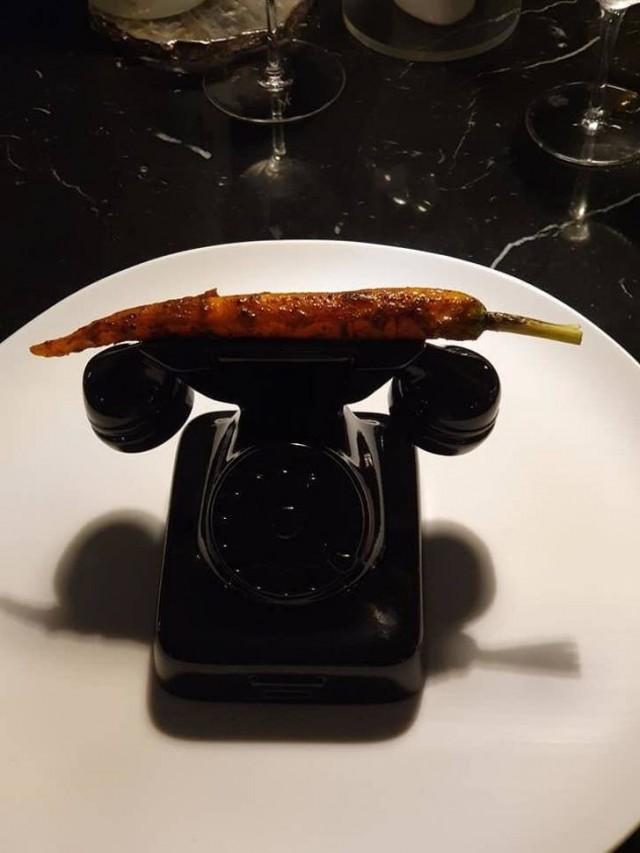 Самая необычная подача блюд в ресторанах (17 фото)