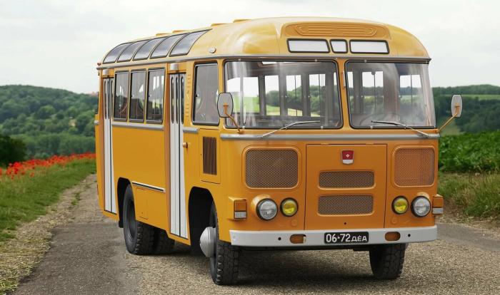 Почему в СССР городские автобусы красили в «охру» (8 фото)