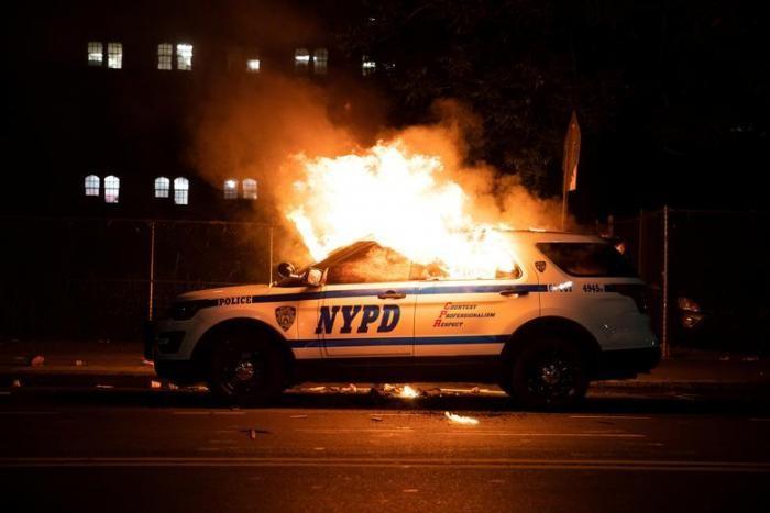 Протесты в США, охватившие всю страну (11 фото)