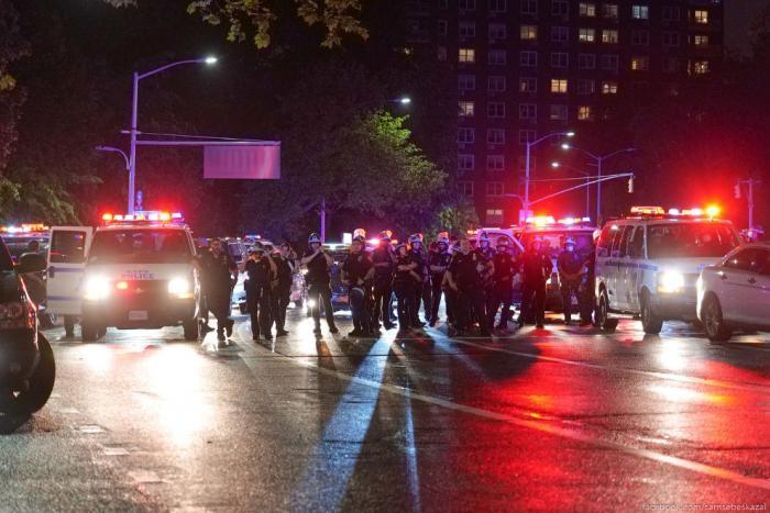 Протесты в Нью-Йорке продолжаются (38 фото)