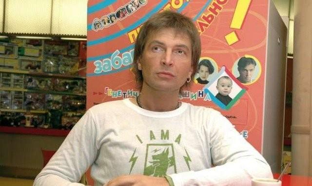 Легендарный VJ русского MTV Александр Анатольевич (15 фото)