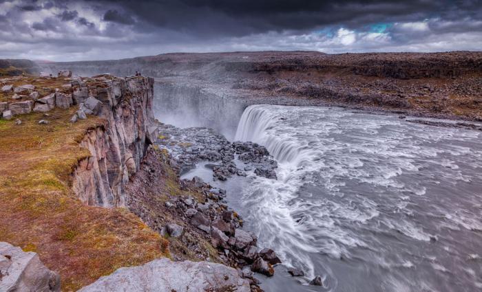 Мощнейший водопад в Европе (16 фото)