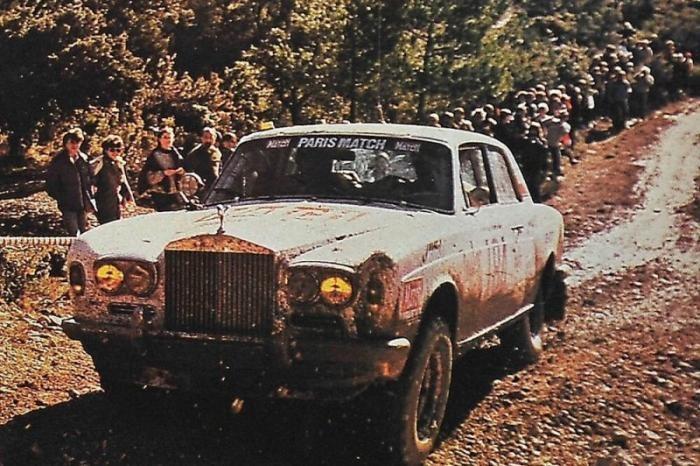 Князи в грязи: как Rolls-Royce Париж-Дакар покорял (11 фото)