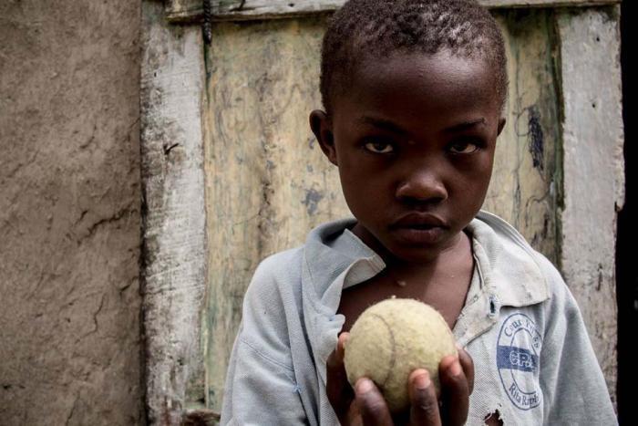 Любимые игрушки детей в разных странах (34 фото)