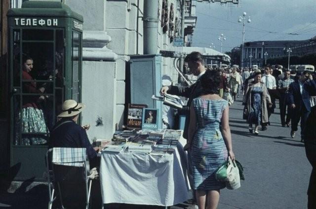 Прогулка по улицам Советского Союза (20 фото)
