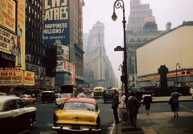 Атмосферные фотографии Нью-Йорка прошлого века (14 фото)