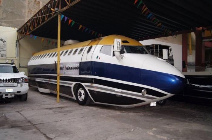 Лимузин Boeing 727 существует и легален для дорог (4 фото)