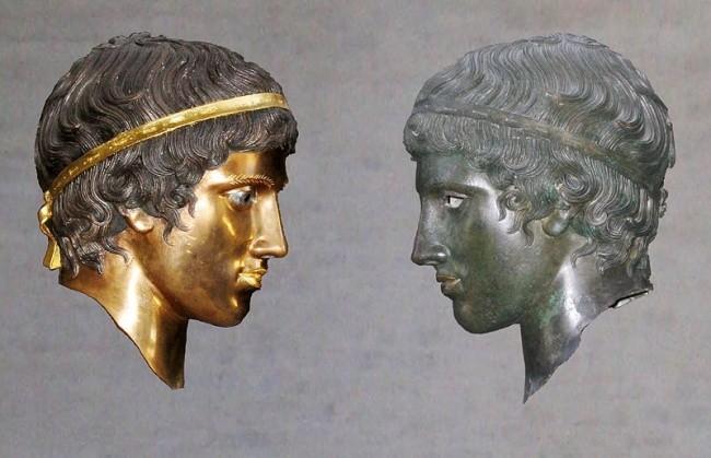 Как выглядели древнегреческие скульптуры (11 фото)