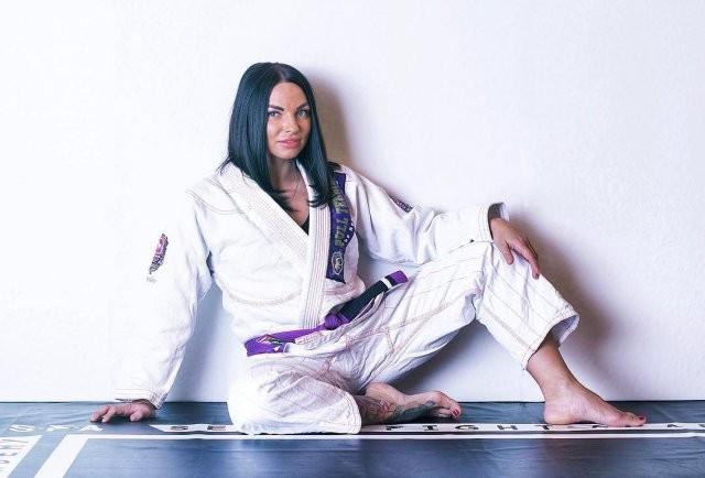 Валентина Азарова стала чемпионкой Европы по джиу-джитсу (16 фото)