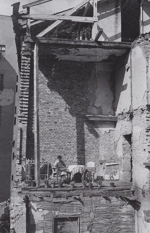 Винегрет из архивных кадров (30 фото)