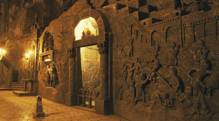 Древние города, выкопанные под землей (8 фото)