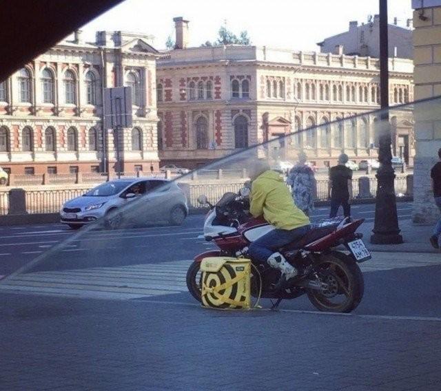 Ситуации, с которыми можно столкнуться только в России (20 фото)