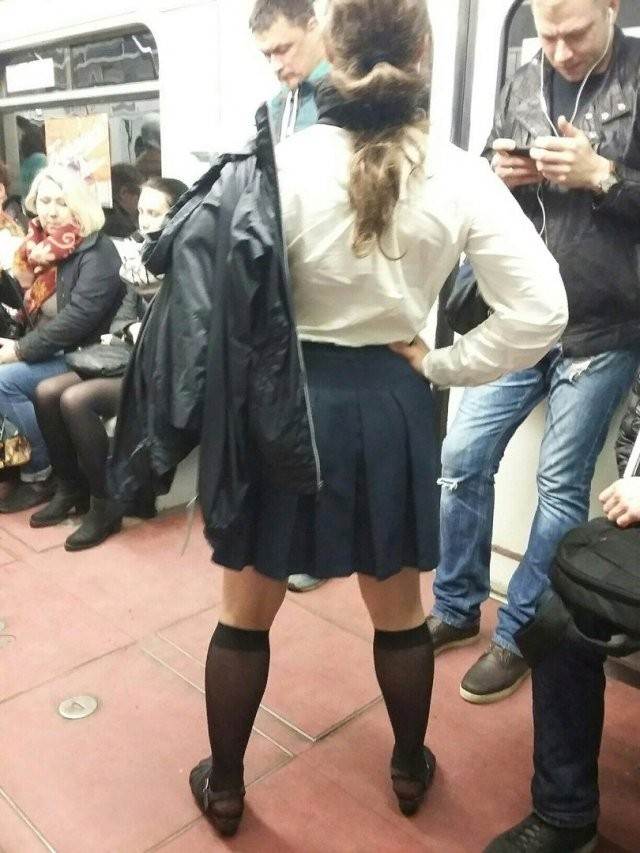 Модники в метрополитене (25 фото)