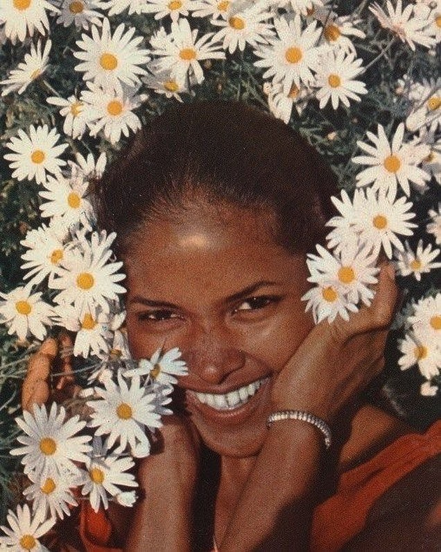 Ретро-девушки: без ретуши и фотошопа (14 фото)