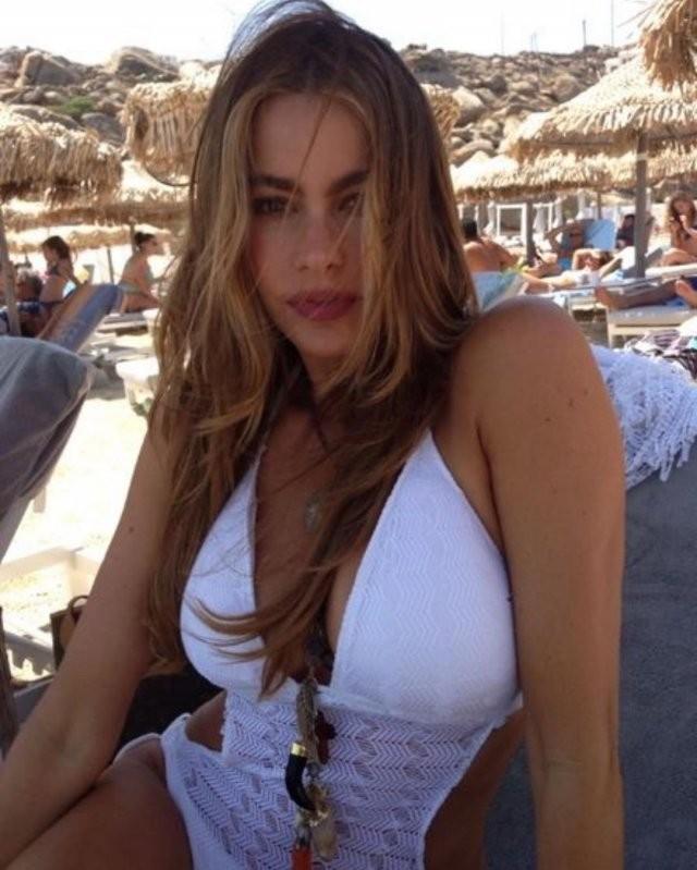 София Вергара отмечает 48-летие: миллионерша, и красавица (15 фото)