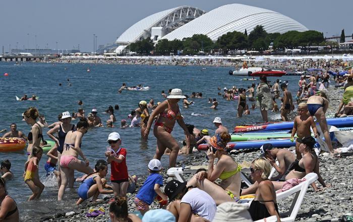 Как Крым и Кубань открываются для туристов ( фото)