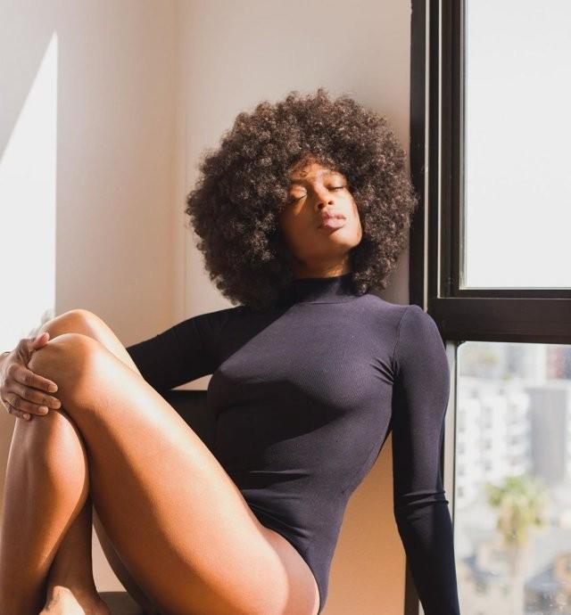 Посмотрите на новую «Бэтвумен»: темнокожую Джависию Лесли (13 фото)