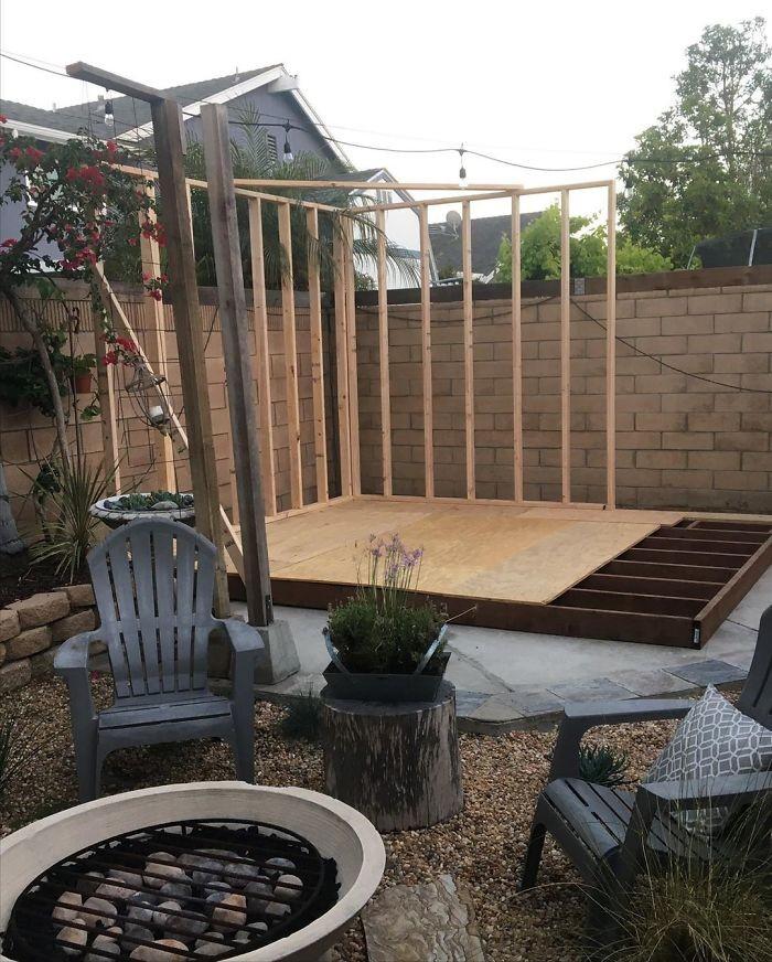 Мужчина из Калифорнии построил на заднем дворе кофейню (12 фото)