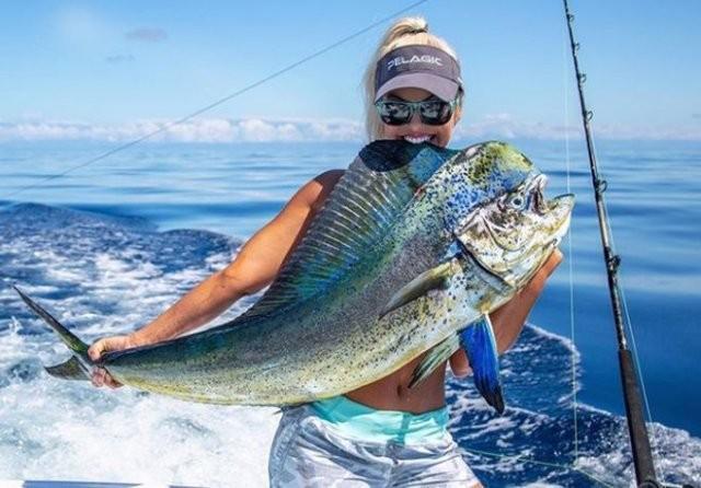 Мишель Дальтон девушка которая на рыбалке переплюнет мужчину (15 фото)